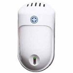 White Hospeco Stratus® Battery Fan Continuous Air Freshener Dispenser